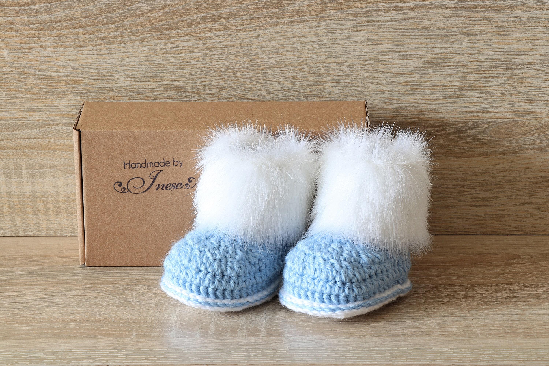 Baby boy booties Preemie boy clothes Fur booties Baby winter