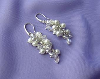 Bridesmaid earrings silver gold long Wedding earrings silver Bridal earrings Silver earrings Crystal earrings Pastel bridesmaid earrings
