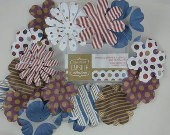 Big flower for embellishment scrapbooking