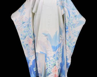 Vintage silk kimono, robe or coat or dressing gown, ivory white blue furisode, floral flowers, floor length long sleeves