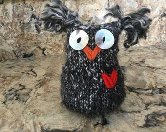 Smokey the Owl Hand-knit......friends not included!