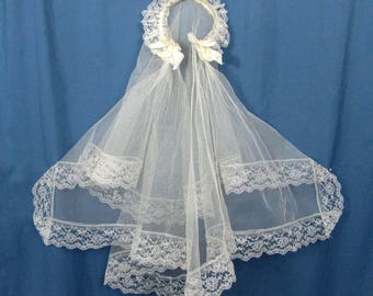 Vintage girls Communion Veil and headpiece - 1950s-60s - tulle & lace