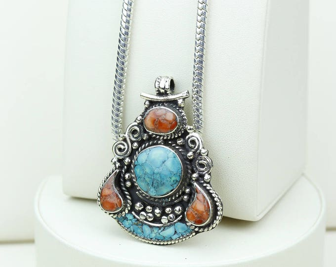 4MM Chain DOESN'T fit the Bail! Native Tribal Ethnic Vintage Nepal Tibetan Jewelry OXIDIZED Silver Pendant + Chain P3981