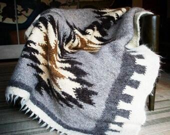 Throw Wool throw Chunky knit throw Wool blanket Vintage wool blanket Knit blanket Knitted blanket Chunky knit blanket Housewarming gift