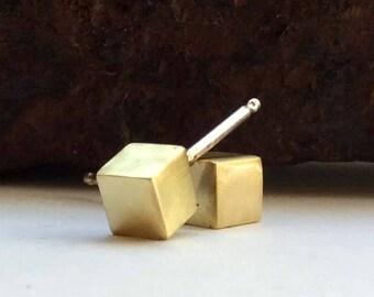 Mini Cube Studs - Tiny Cube Earrings - Brass Geometric Post Earrings - Minimalist Stud Earrings