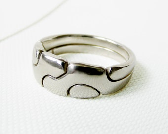 AMICUS - Unique Puzzle Rings by PuzzleRingMaker - Sterling Silver or Gold - 2 Bands
