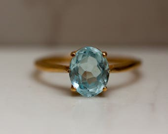 Estate 14k Solid Yellow Gold and Blue Topaz Engagement Ring, Size 10 //