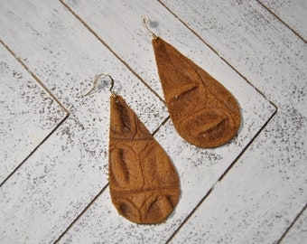 Leather Teardrop Earrings, Teardrop Earrings, Genuine Leather, Leather Earrings, Lightweight Leather Earrings, Tan Alligator