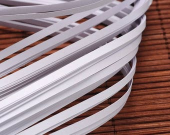 120 strips of paper for Quilling - white