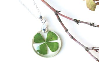 Four leaf clover necklace, real clover jewelry, pressed flower jewelry, Shamrock pendant, Botanical Jewelry, Lucky charm, st. patrick