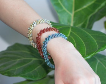 DINO - edgy, modern spiked beaded tesselating stretch bracelet