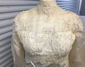 1970's wedding gown cream with lace and bridal satin,hand made