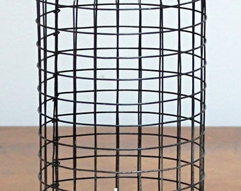 Bell cage wire black and gray concrete Tealight holder