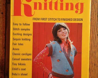 Vintage 1973 Vogue Guide to Knitting Patterns Book