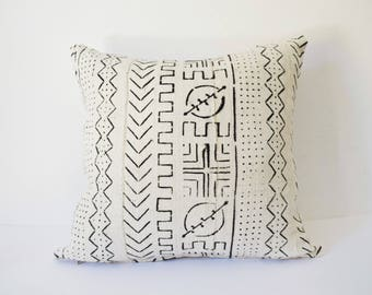 Mudcloth Pillow Cushion Cover White and Black African Mali Mud Cloth Bogolan
