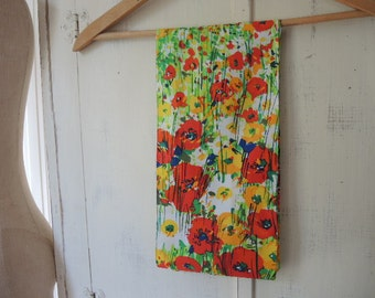 Vintage 1960s polyester scarf abstract floral 7 x 61 inches