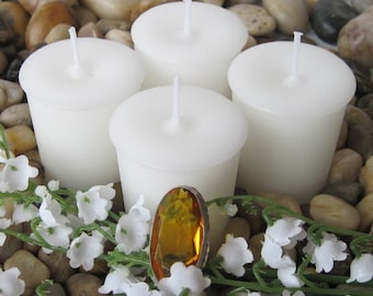 WHITE LILY and AMBER (4 votives or 4-oz soy jar candle)