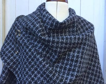 Womens Hand Made Wrap Poncho Shawl Cape Grey Black Cream Boucle Wool Polyester Textured Ponchos