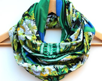 scarf / womens scarf / infinity scarf / snood / loop scarf / green scarf / floral scarf / Mother's Day gift /