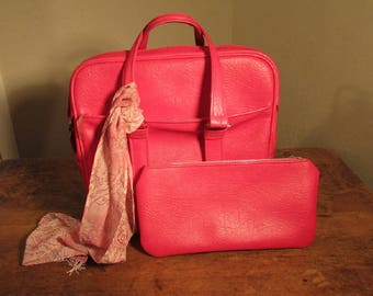 Samsonite Fashionaire Tote Bag, Vintage Samsonite Luggage, Cherry Red Fashionaire Tote with Snap In Pouch, Travel Bag, Diaper Bag, 1960s