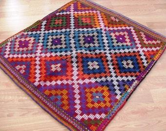 kilim rug free shipping VINTAGE TURKİSH antalya kilim Anatolian  handwoven kilim rug  decorative kilim  SİZE : 40'' X 42'' (100 cm X 105 cm)