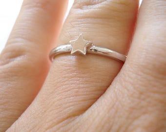 Thick star ring, 14 Karat Star Ring, Star Engagement Ring, Stackable Gold Ring, Solid gold star ring, 2mm thick star ring, Gold ring