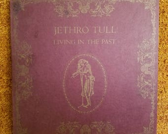 Vinyl: Jethro Tull, Living in the Past, Includes 2 records, Free Shipping