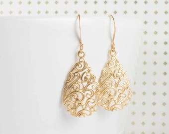 Gold Teardrop Earrings, Filigree Gold Earrings, Teardrop Earrings, Gold Dangle Earrings, Teardrop Drop Gold Earrings