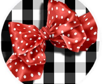 Red bow on a black gingham background, 25mm