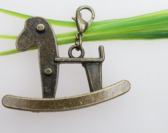 Own Charm ~- 13x42x34m Antique Bronze Lovely Shooking Horse Trojan The Memories Of Childhood Charms Pendant