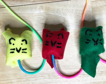 Safe, Cute, & Colorful Critter Wand Teaser Cat Toy