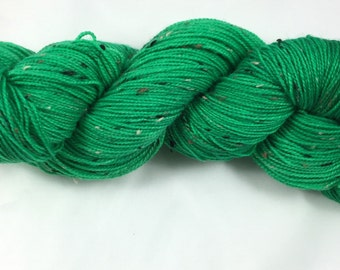 hand dyed sock yarn, donegal tweed sock, superwash merino and NEP, colorway INCH WORM