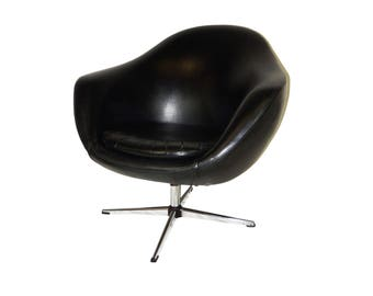 Classic Mid Century Modern Overman Black Vinyl Pod Chair