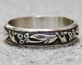 Lily - Sterling Silver Wedding Band - Gift For Her - Floral Ring - Renaissance Ring - Stacking Ring - Custom Made