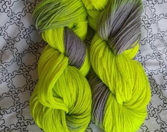 Jogger, yarn, fiber, crochet, knit, DK weight, wool, lime green, gray