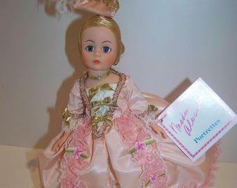 French Aristocrat Madame Alexander 10 in doll