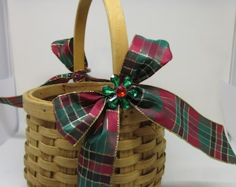 Basket Flower Girl Natural BasketWoven BasketRound Basket Vintage BasketRed Green Plaid Bows Bling Flower Accents Gift Storage Home Decor