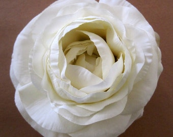 "3.5"" Cream White Silk Flower Ranunculus Brooch Pin"