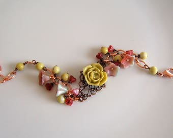 Flower Duo Strawberry-pistachio BRACELET