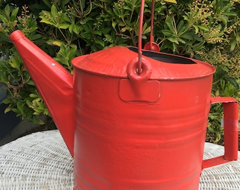 Vintage Galvanized Watering Can. Garden Decor Rustic Red Watering Can French Country Decor. Garden collectible, Garden Tool