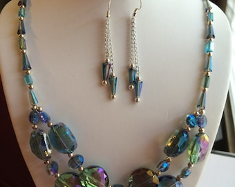 Blue mother of Pearl Necklace and earrings.