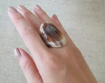 Horn Ring, Chunky Ring, Thick Ring, Brown Ring, Handcrafted Ring, Artisan Ring, Large Ring, Big Ring, Horn Jewelry, Artisan Jewelry