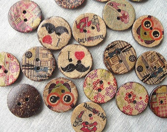 12 round buttons coconut printed 20mm