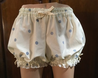 Womens Bloomers, Size Extra Large Bloomers, Plus Size Bloomers, Pajamas, Ladies Bloomers, Cotton Bloomers trimmed in Cream Bows and Eyelet