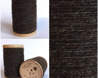 Rustic Moire Wool Thread #712 for Embroider, Wool Applique and Punch Needle Embroidery
