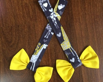 Reach Straps: Giraffe fabric (Spotted Love) with yellow bows