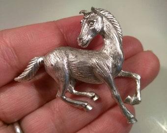 J J Jonette Horse Brooch Pin Silver Tone