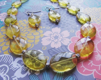 Bright and sunny! Lemon quartz (manmade) necklace and earrings