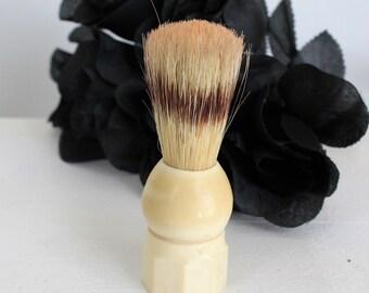 Vintage 1950s Shaving Brush / Made Rite 761 Boar Bristle Brush / Lather Brush Shave Supply Collectible Mid Century Bakelite / Valet Vanity