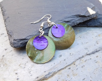 Layered disc earrings, made of shiny shell in contrasting Olive Green and Purple.